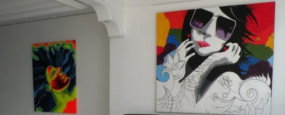 Galeria de arte Fuente hotelastra427 com 1
